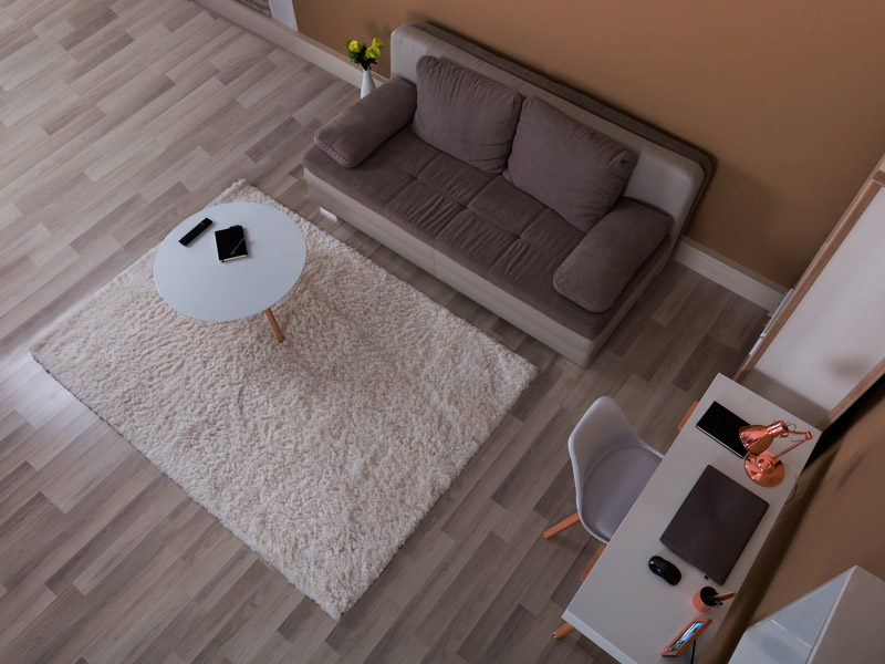 Know-This-Before-You-Walk-Into-a-Laminate-Flooring-Showroom