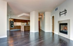 Comparing vinyl flooring versus linoleum in Vaughan