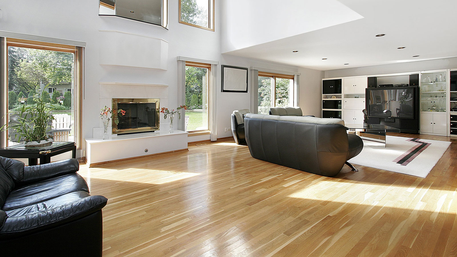 difference-between-sheet-and-plank-vinyl-flooring-in-Toronto