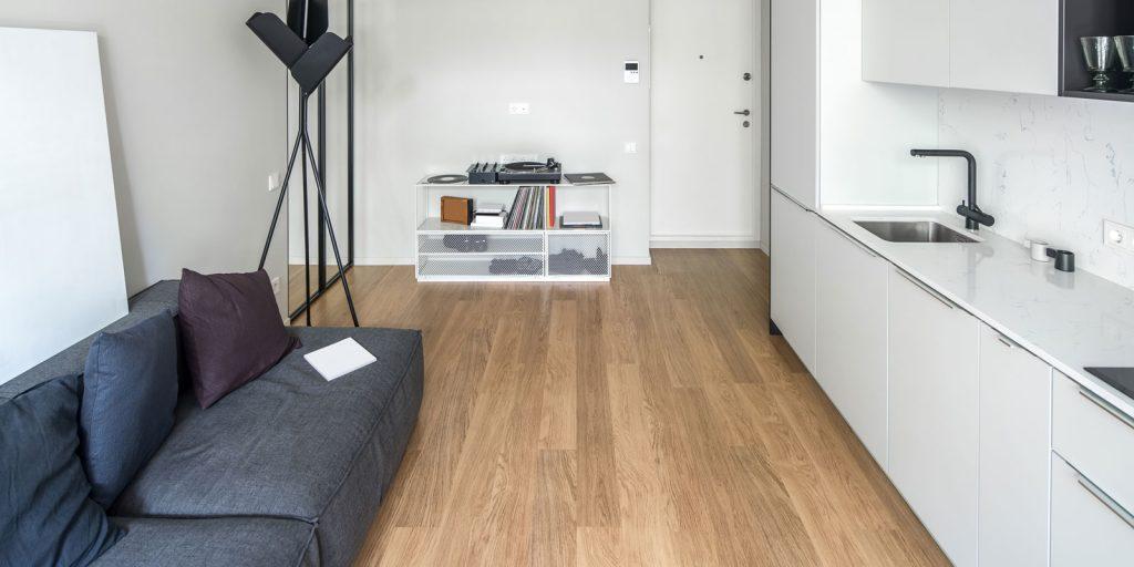 Luxury-Vinyl-Flooring-in-Toronto-for-Commercial-Business