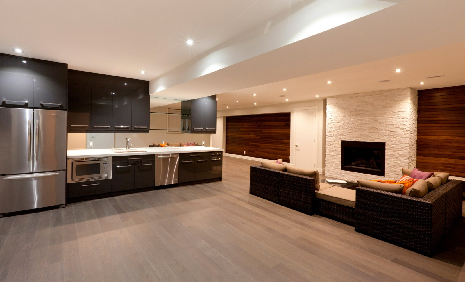 Four-Maintenance-Tips-For-Your-Hardwood-Flooring-in-Toronto