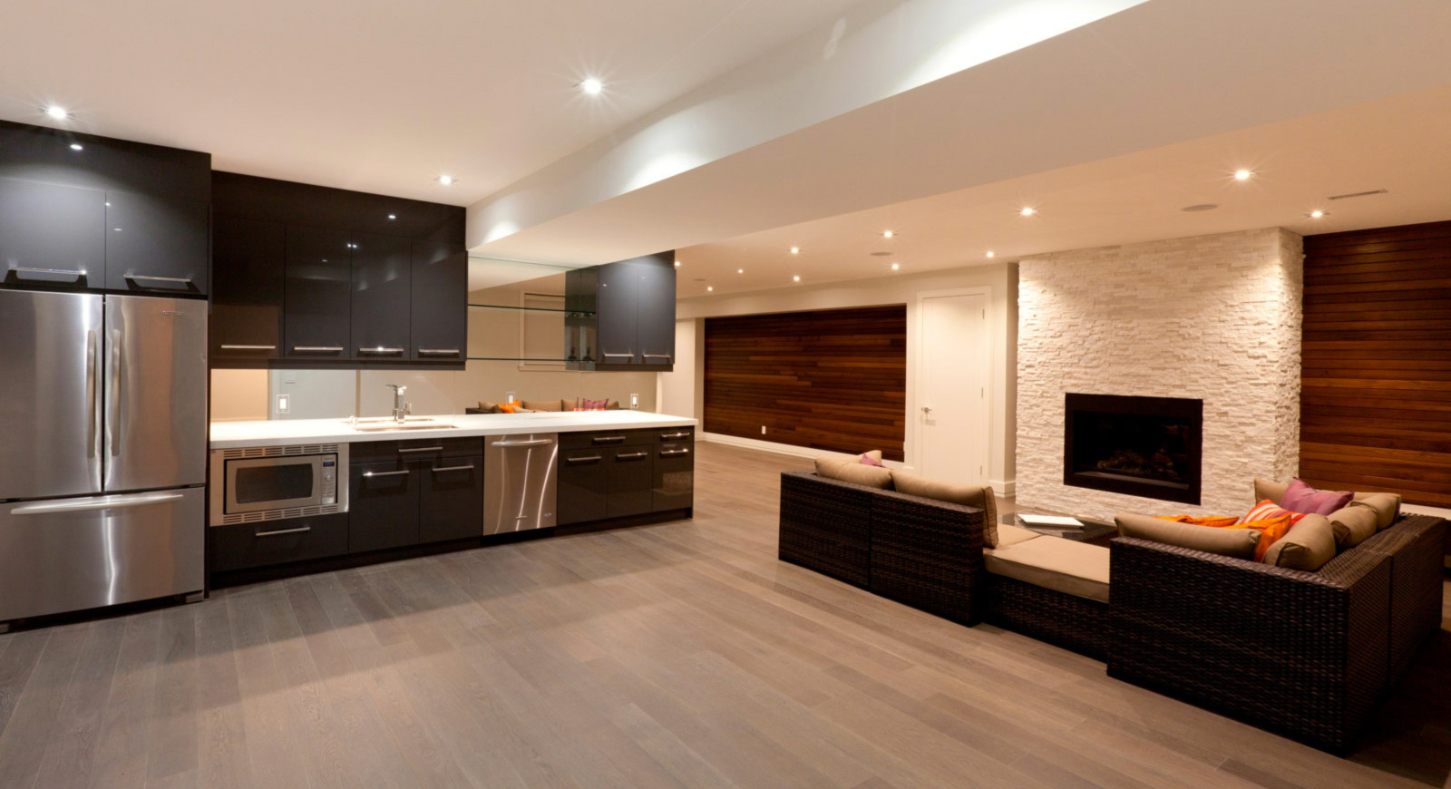 modern-basement-with-vinyl-floors