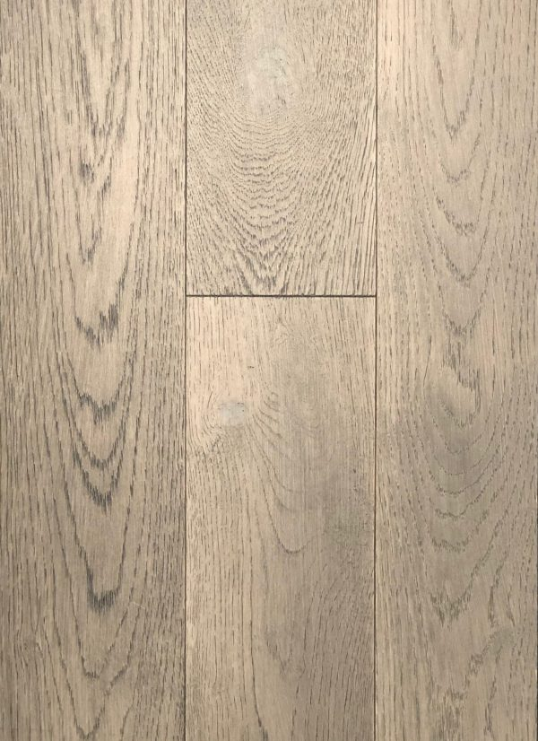 European White Oak - Engineered Hardwood - Lightly Wire Brushed - CF1031921